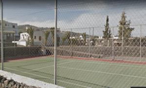Santorini kamari tennis