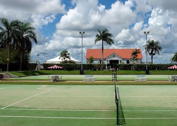 Hotel Torarica & Casino (Tennis Courts)