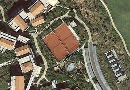 COSTA NAVARINO (tennis courts)