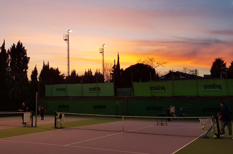 Collective Tennis School