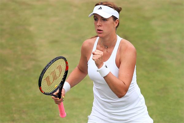 Vesnina Claims First Quarterfinal Berth