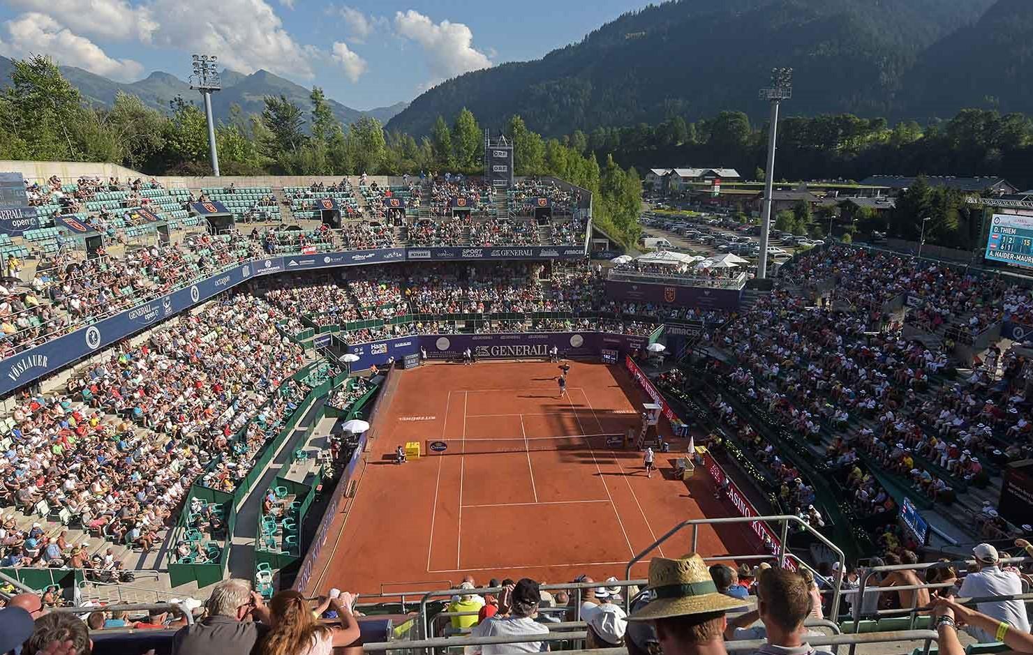 Como a altitude impacta em um jogo de tênis?