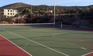 Kalivia tennis courts